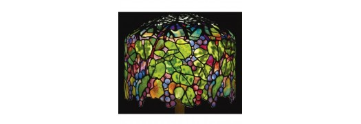 TRADITIONAL TIFFANY LAMPS
